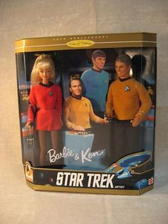 Star Trek Barbie and Ken dolls. One of my favorite Barbie doll set. Barbie Und Ken, Barbie World, Mattel Barbie, Barbie Barbie, Barbie Style, Star Trek Original Series, Star Trek Series, Barbie Collection, My Collection