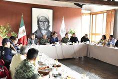 Esta mañana el Grupo de Coordinación Michoacán inició la sesión permanente con el propósito de revisar el protocolo que se sigue en torno a la Evaluación extraordinaria del Desempeño Docente ...