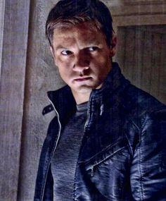 """Jeremy Renner en """"El Legado de Bourne"""" (The Bourne Legacy), 2012"""