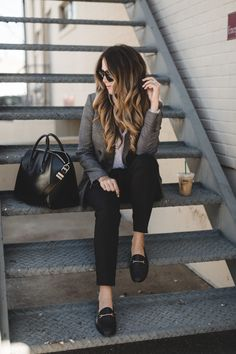 black ankle pant trousers style #fall #styleblogger