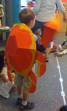 Crab costume, back by wrnking, via Flickr My 8 yr old wants to be a crab for halloween.