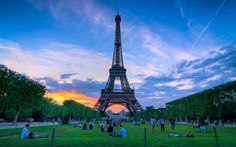 Does the Eiffel Tower get any prettier than this?