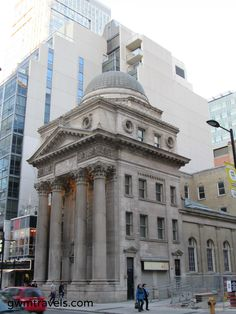 Toronto, ON > Historic bank building, on Yonge south of Shuter.  Banks used to build big solid edifices at the turn of the twentieth century, which indicated stability to their customers.  This building, complete with columns and a dome, has been vacant for many years.