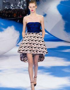 Dior : le surréalisme selon Raf Simons