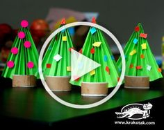 over 30 fun Christmas tree crafts for kids! Diy Christmas Videos, Christmas Crafts For Adults, Halloween Crafts For Toddlers, Cool Christmas Trees, Christmas Crafts For Kids, Toddler Crafts, Diy Crafts For Kids, Christmas Ideas, Wreath Crafts
