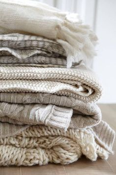 The Complete Guide to Hygge: 20 Cosy Touches to Add to Your Decor 1bf3f4417b8216caf00b71e898109492