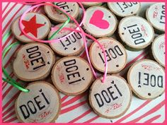 Craft Presents, Little Presents, School Treats, School Gifts, My Daughter Birthday, Girl Birthday, Homemade Gifts, Diy Gifts, Birthday Treats