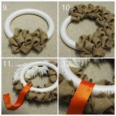 Christmas Arts And Crafts, Christmas Wreaths To Make, Christmas Crafts, Easy Crafts To Sell, Cute Crafts, Wreath Crafts, Diy Wreath, Burlap Wreath Tutorial, Handmade Home