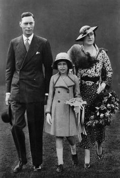 King George VI and Queen Elizabeth with Princess Elizabeth