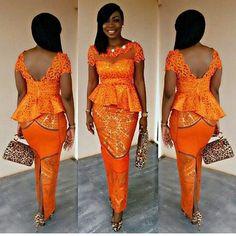 Kaba and slit for the win! Designer @detailsbyneyomi #weloveghanaweddings