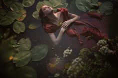 48 Ideas For Photography Fantasy Water Dreams Underwater Photography, Art Photography, Fashion Photography, Underwater Photos, Water Shoot, Water Nymphs, Foto Baby, Alphonse Mucha, Jolie Photo