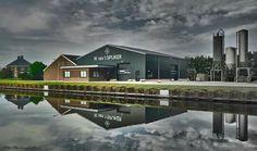 De graanfabriek van , W van 'h Spijker   Spijker.   Vriezenveen. Twente  Overijssel.  Nederland.