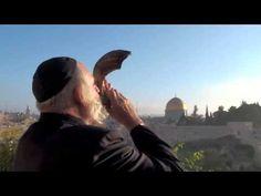 Yom Kippur 2019 L'Shana Tovah: Jerusalem Shofar at Sunrise Happy Rosh Hashanah, Yom Kippur, Western Wall, Religion, Jewish History, Israel Travel, Holy Land, Wilderness, Christianity