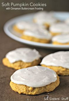 Soft Pumpkin Cookies with Cinnamon Buttercream Frosting – Six Sisters' Stuff