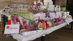Craft Stalls, Make And Sell, Craft Fairs, Gift Wrapping, Design Inspiration, Display Ideas, Crafts, Craft Ideas, School