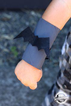 Superhero Cuffs {Toilet Paper Roll Crafts}