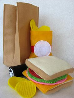 "another kid craft: how cute is this felt ""paper bag"" lunch?"