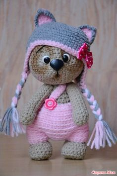Amigurumi Toys Knitting is called minds, scarves, berets come to mind. now you have a different option: amigurumi. Chat Crochet, Crochet Mignon, Crochet Diy, Crochet Amigurumi, Crochet Bear, Love Crochet, Amigurumi Patterns, Amigurumi Doll, Crochet For Kids