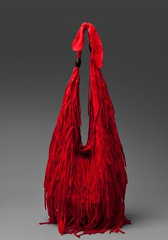 Fringe Bag ~ Pinning as a reminder that a big bead can be used on the handle