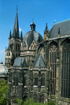 Aachen Cathedral~ The church is the oldest cathedral in northern Europe and was known as the Royal Church of St. Mary at Aachen during the Middle Ages. For 600 years, from 936 to the Aachen chapel was the church of coronation for 30 German kin Aachen Cathedral, Cathedral Church, Gothic Cathedral, Church Architecture, Chapelle, Place Of Worship, Beautiful Buildings, Kirchen, Germany Travel