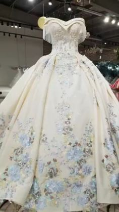 Dear valuable customer ,our wedding dresses are handmade instead of mass-produced,the fabric used is excellent,so please do not compare our goods with other low weddings dress at the price, thank you  Estimated Delivery Time: USA 5-15 Days (DHL) ; Worldwide 15-30 Days.  Processing time 20-30 business day after payment .