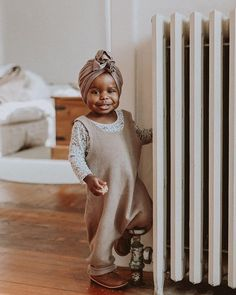 Paseo {Children's Leather Boots} - How DARLING is this little miss! We love seeing our leather artisan made boots for children go on - So Cute Baby, Cute Kids, Cute Babies, Cute Children, Shoes For Children, Children Style, Fashion Kids, Babies Fashion, Future Maman