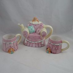 Vintage Wang's International Teapot 2 Cups Cat on Chair Hiding Cats VGUC | eBay