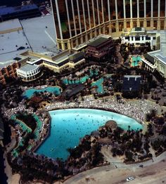 Lazy River, beach and wave pool at Mandalay Bay