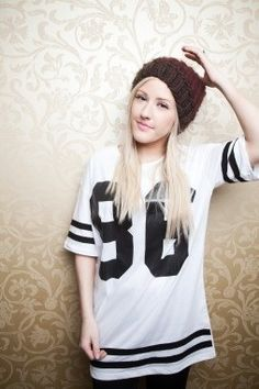 Ellie Goulding fashion idol. I love her style.