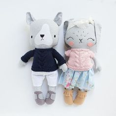 So. I've only got three animals (a puppy, bunny and bear - all listed now!) for this Friday's release. I'm thinking I'll add two custom spots (in addition to this months waitlist customs) to make up for the lack of dolls this go round. You'd be able to pick any Posie style doll (girl, animal or even a boy!). Sweaters by the ever fabulous @iloveyouspidersandbats.