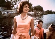 Jacqueline Kennedy in Oleg Cassini on Lake Pichola in India.