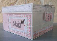 Boîte cadeau naissance pour fille de Caro : http://scrap2caro.canalblog.com/archives/2011/09/13/22029043.html