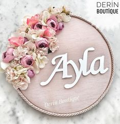 Couronne Diy, Dollar Tree Wedding, Wood Name Sign, Rainbow Nursery, Art N Craft, Hand Embroidery Patterns, Diy Flowers, Diy Crafts To Sell, Kylie Jenner