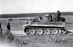 Tiger N°121 of s.Pz.Abt.505 | Panzertruppen | Flickr Tiger Ii, Ferdinand Porsche, Mg 34, Germany Ww2, War Thunder, Tiger Tank, Armored Fighting Vehicle, Ww2 Tanks, World Of Tanks