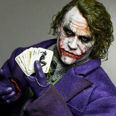 Batman Comic Art, Gotham Batman, Joker Batman, Batman Robin, Heath Ledger Joker Wallpaper, Joker Ledger, Phone Wallpaper For Men, Horror Photos, Joker Images
