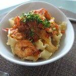 Pasta con camarones en salsa de tomate y eneldo - Recetas Lily By Lily Ramírez