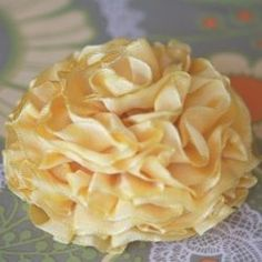 tutorial for how to make a ribbon #Flower Arrangement| http://flower-arrangement-278.blogspot.com