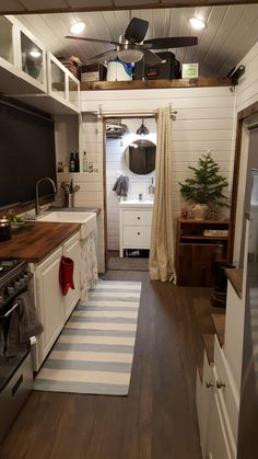 Santaquin Tiny House - A 290 square feet (loft included) tiny house in Santaquin, Utah - photos : Tiny House Swoon -- this is lovely!