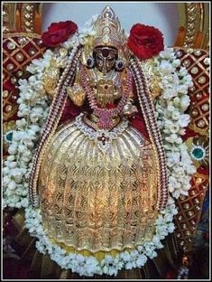 Durga Images, Lakshmi Images, Rangoli Designs With Dots, Beautiful Rangoli Designs, Lord Durga, Maa Durga Image, Ganesh Chaturthi Decoration, Lord Rama Images, Tantra Art