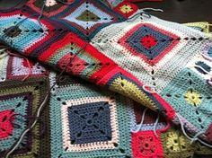 Modèle Babette blanket, laine challenge de bouton d'or