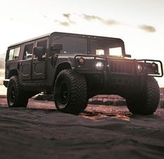 Hummer Cars, Hummer H3, Hummer Interior, Jeep Baby, 70s Cars, Outdoor Survival, Dream Garage, Buckets, Jeeps