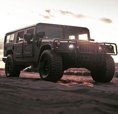 Hummer Cars, Hummer H3, Hummer Interior, Jeep Baby, 70s Cars, Evening Sandals, Outdoor Survival, Dream Garage, Buckets
