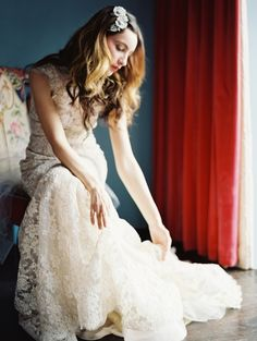 enchanted atelier liv hart bridal 2015 2 Enchanted Ateliers Gorgeous Line of Bridal Accessories for Spring 2015
