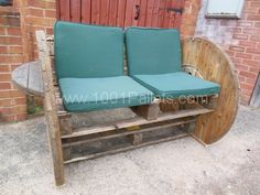 004 600x450 Pallet & cable Drum Bench in pallet furniture  with Pallets Bench