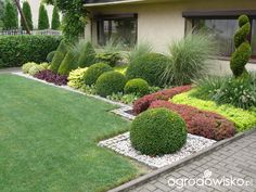 Small Backyard Gardens, Garden Spaces, Outdoor Gardens, Landscaping With Rocks, Landscaping Plants, Garden Fencing, Lawn And Garden, Amazing Gardens, Beautiful Gardens
