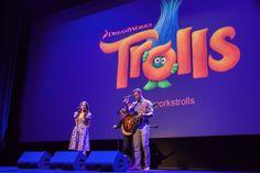 Cinelodeon.com: TROLLS. Mike Mitchell, Walt Dohrn.