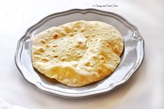The Perfect Chapathi Recipe – Savory&SweetFood Veggie Recipes, Indian Food Recipes, Real Food Recipes, Baking Recipes, Yummy Food, Bread Recipes, Yummy Recipes, Vegetarian Recipes, Chapati Recipes