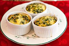 Keto Nutrition recipes for a ketogenic diet Cheese Quiche, Spinach And Cheese, Crock Pot Soup, Slow Cooker Soup, Low Carb Recipes, New Recipes, Healthy Recipes, Healthy Foods, Fantastic Fudge Recipe