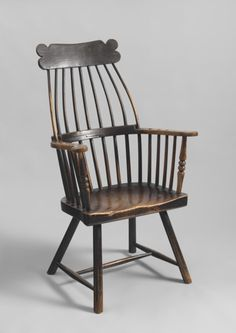 18th century Glamorganshire comb-back windsor armchair.