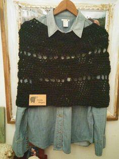 Ponchito en lana merino...ideal para estar comoda y abrigada